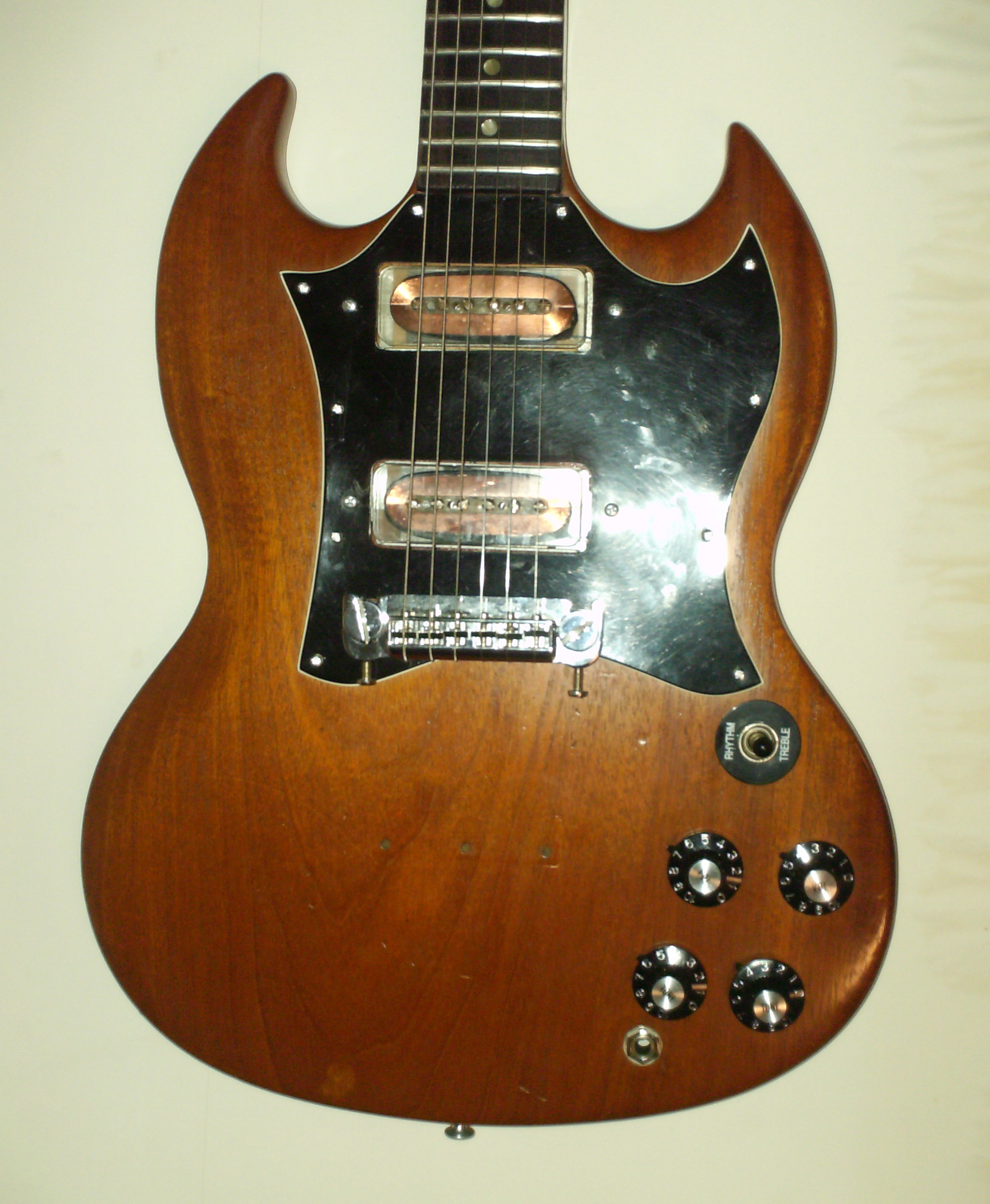 Custom Modifications on Electric Guitars and Amps